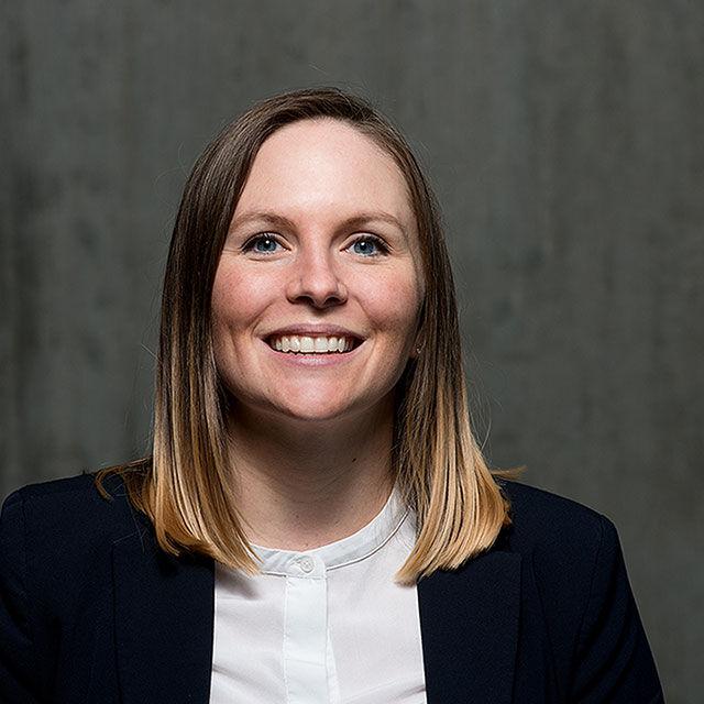 Stephanie Sauter